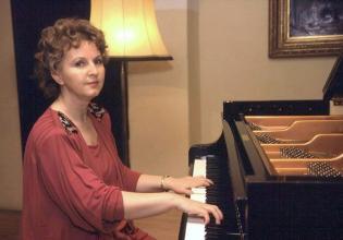 Elzbieta Mazur